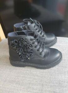 Zara Baby Girl Boots Size 22
