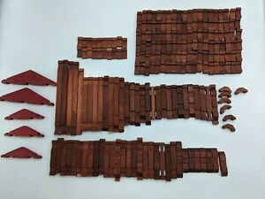 VINTAGE LINCOLN LOGS PIECES LOT OF 193 WOODEN FLAT PIECES ROOFS LOGS