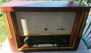 Röhrenradio Rema 1800 mit Ferritantenne