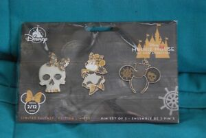 Minnie Mouse Main Attraction Pirates Of The Caribbean  Pin Set