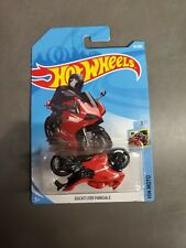 Ducati 1199 Panigale Hot Wheels ERROR Upside Down
