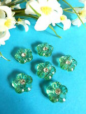 """418B/Delicious Buttons """" Spring """" Green Prairie Heart Of Rhinestone"""