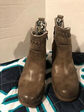 roxy boots Size 7