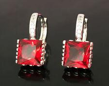 Orecchini di bigiotteria rosso pendente