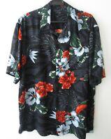"Vintage Tropical Hibiscus Flowers on Black Hawaiian Shirt 48""-122cm L (530H)"