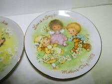 "Love is a Song for Mother -Mother's Day 1983-Avon Plate 5"" made in Japan"