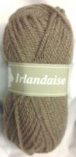 10 pelotes laine irlandaise couleur: taupe - fabriqué en France