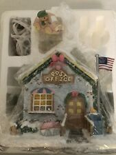 Precious Moments Christmas Village House Holly Day Greeting Post Office & Figure