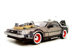 BACK TO THE FUTURE III 3 DELOREAN 1:18 DIECAST MODEL CAR BY SUNSTAR 2712