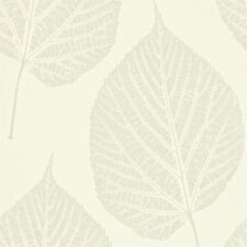 1 ROLL OF HARLEQUIN MOMENTUM LEAF WALLPAPER 110375 COLOUR PEARL
