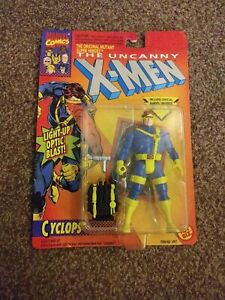 MARVEL X-MEN CYCLOPS OPTIC BLAST RARE VERSION TOYBIZ CARD VERSION TYCO  FIGURE