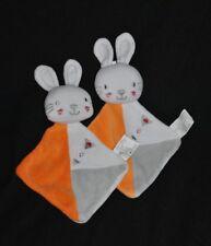 Lot 2 Peluche doudou lapin plat SIPLEC LECLERC orange blanc gris argenté TTBE