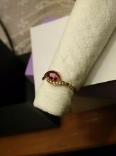 18K YELLOW GOLD REAL RUBY RING. Approximately 1.95 grams