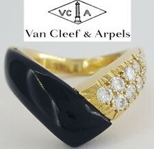 Van Cleef & Arpels VCA 18K Yellow Gold Round Diamonds Onyx Ring