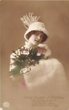 POSTCARD   GLAMOUR   Girl  with  the  White  Hat   XMAS