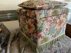 Sherborne storage stool seat & matching feather cushion lot CE110221F