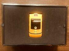 Limited Edition Dolce Gabbana Razr V3i Exclusive Gold Number 0686/1000 Rare
