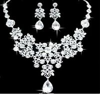 SILVER TONE FLOWER AND  TEAR DROP DIAMANTE CRYSTAL NECKLACE EARRING  SET