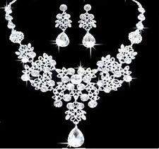 Tono Plata Flor Y Lágrima Cristal Diamante Collar Pendiente Conjunto