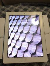 """Apple iPad 2 16GB 9.7"""" Tablet w/ Wi-Fi MC989LL/A - White 2nd Generation"""