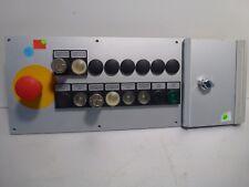 Bedienpult mit verschiedenen beleuchteten Tasten Größe ca. 483mm x 177mm