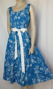 Laura Ashley Sommerkleid 42 Baumwolle blau weiß bestickt Blumen Hochzeit Urlaub