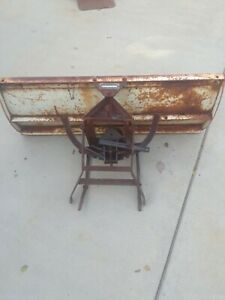 VINTAGE SEARS SUBURBAN GARDEN TRACTOR SNOW PLOW, BLADE, # 917250552,PICK UP ONLY