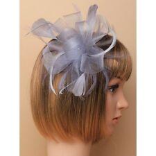 fête/mariage Boucle RUBAN ample gris fleur Fascinator à PLUMES Peigne à cheveux