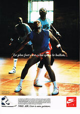 PUBLICITE ADVERTISING 064  1988  NIKE AIR   baskets CHARLES BARKLEY M. MALONE