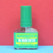 Mr. Hobby #MS-231 Mr. Mark Softer for water-slide decal (40ml) GUNZE
