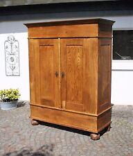 Schrank, Dielenschrank,, Kleiderschrank, Eiche, original Biedermeier