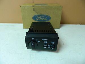 New OEM 1995 1996 Ford Lincoln Processor Lighting Control Module LCM Box