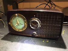 Esquire Tube Clock Radio 550u Works
