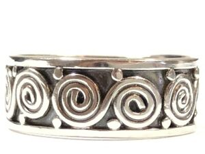 Beautiful Ladies Sterling Silver Swirl Design Ring - Size 6.5