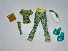 Monster High Cleo de Nile Dead Tired Clothes and Accessories