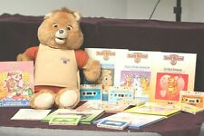 TEDDY RUXPIN ANIMATRONIC BEAR + 8 BOOKS + 7 TAPES *FOR PARTS OR REPAIR* 1985