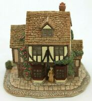 Lilliput Lane Grandma Batty's Tea Room L774 complete with Deeds