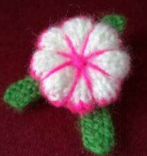 Daisy Pansy Flower Brooch Hot Pink/White Hand Knitted Mother's Day Spring Gift
