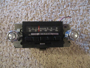 1970'S  FORD  CAR/TRUCK AM/FM RADIO