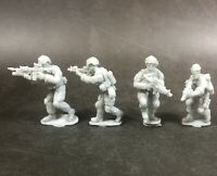 1/72 Resin US Army 4 Soldiers in Acttion  Unassembled Unpainted WK029
