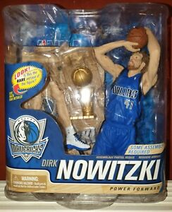 McFarlane NBA 21 DIRK NOWITZKI Dallas Mavericks Collector Level Silver # 1000