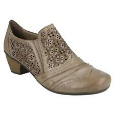Calzado de mujer zapatos de salón de piel color principal beige