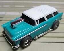 für Slotcar Modellbahn --  Chevy Nomad mit Tyco Motor !