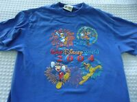 Men's size Medium Walt Disney World 2004 Character Mickey Pluto  Blue Tee Shirt
