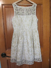 BB Dakota Womens Elizabeth Dress size 0 Sleeveless Gold Ivory Lace Flowers