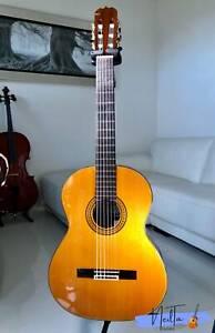 Ryoji Matsuoka M50 Handmade Classical Guitar (1981)