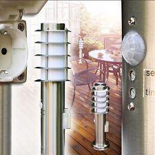 Sockelleuchte mit Steckdose Außen Stehlampe Garten Wege Lampe Bewegungsmelder