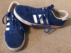 Unisex Adidas Trainers Size 6
