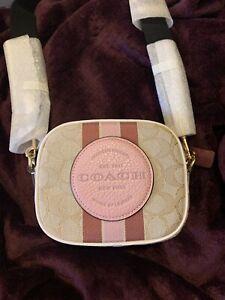NWT Coach Mini dempsey camera bag in signature jacquard w/Coach patch