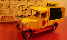 Lledo Days-Gone: SCHWEPPES camion: Comme neuf BOXED DIECAST MODEL